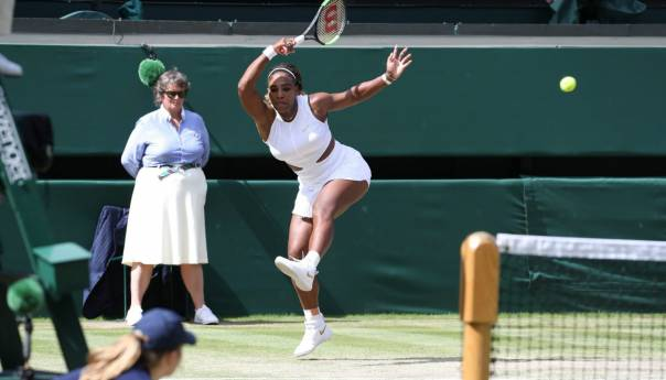 Serena Williams ekspresno do finala Wimbledona