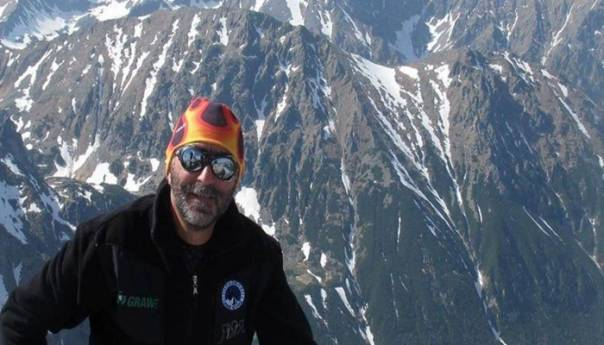 Tijelo crnogorskog planinara Radovića i dalje na planini u Aziji